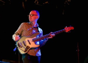 Paul Mac Daniels-Bass player